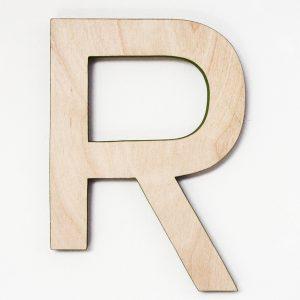 Lettera in legno di betulla naturale con bordo colorato