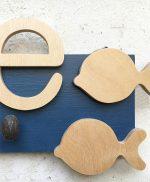 Appendiabiti con stelle in legno per bambini