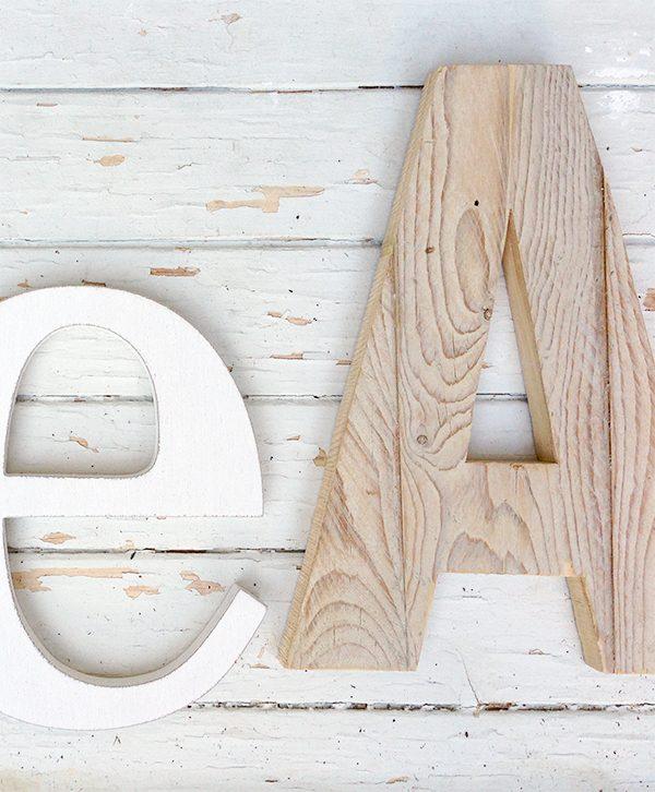 Lettere per bambini in legno di recupero