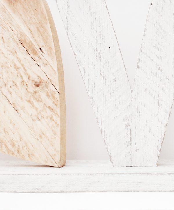 Legno di recupero naturale e sbiancato per lettere e decorazioni fatte a mano