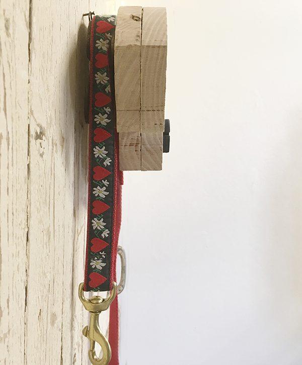 Porta guinzaglio in legno a forma di testa di cane personalizzabile