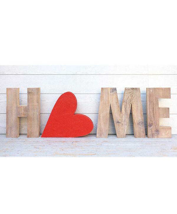 Scritta HOME in legno di recupero naturale con cuore rosso dipinto a mano