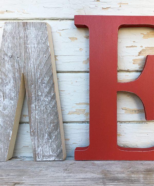 Lettere per scritta HOME in legno naturale e dipinto fatte a mano