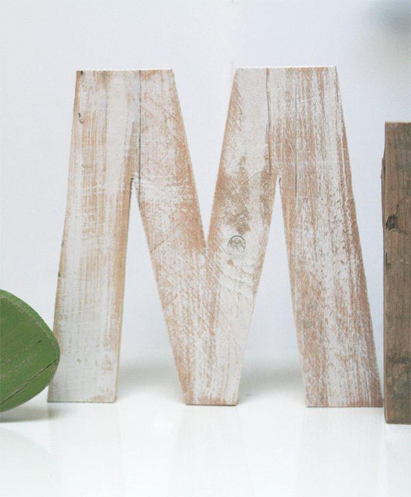 Lettera per scritta in legno originale e fatta a mano personalizzata