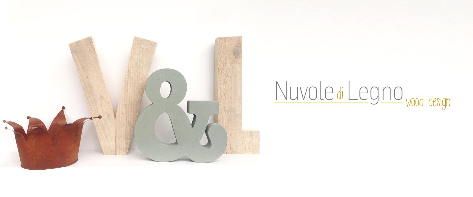 Lettere e iniziali del nome in legno di recupero