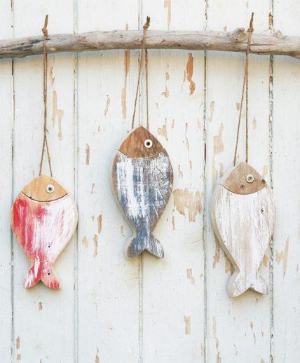 Pesci in legno di recupero dipinti a mano in colori a scelta