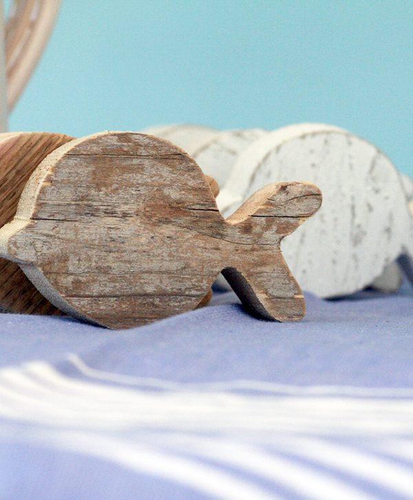 Pesce per la casa al mare in legno di recupero naturale