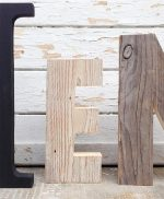 Lettere in legno di recupero per scritta KITCHEN fatta a mano