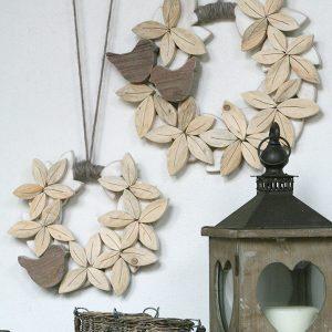 Corone in legno di recupero naturale in stile boho chic