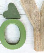 Lettere in legno di recupero naturale e colorato artigianalmente