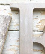 Lettere da appendere in legno sbiancato