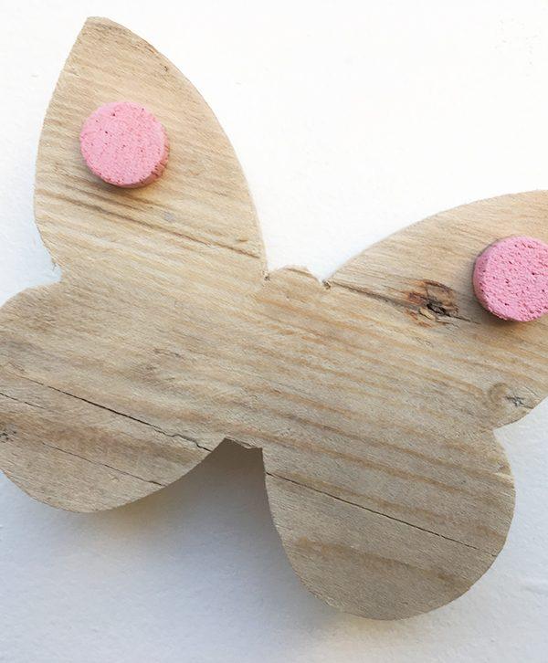 Farfalla in legno di recupero per nome di bambina in legno