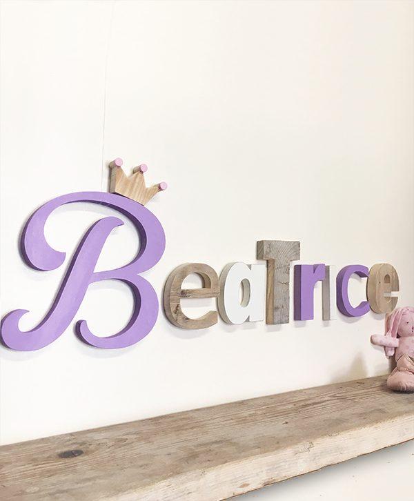 Lettere in legno per nome di bambina con corona