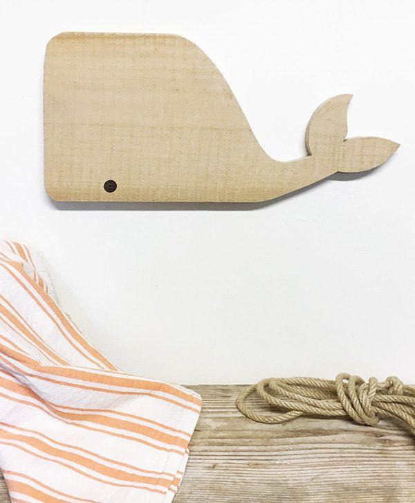Balena decorativa in legno di recupero naturale