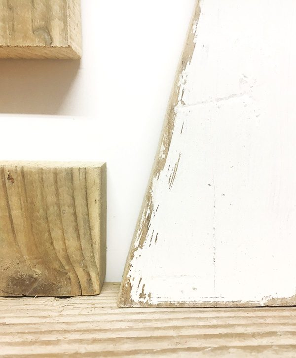 Lettere in legno di recupero dipinte a mano in colori a scelta