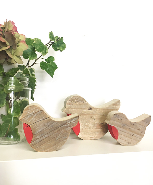 Pettirossi in legno di recupero in tre dimensioni a scelta personalizzabili