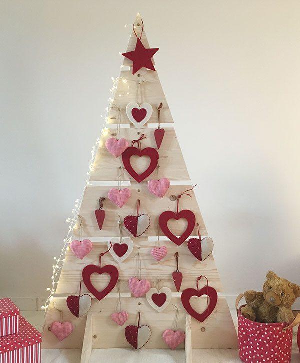 Albero di Natale in legno naturale da personalizzare a scelta