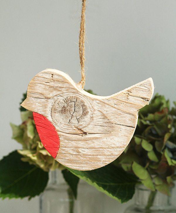 Uccellini decorativi in legno di recupero in tre dimensioni a scelta personalizzabili