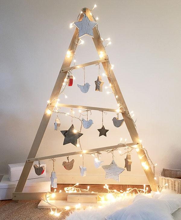 Albero Di Natale In Legno.Albero Di Natale A Triangolo In Legno Nuvole Di Legno