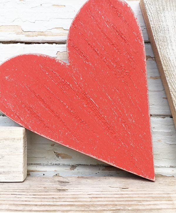 Cuore rosso in legno di recupero per scritte LOVE personalizzate