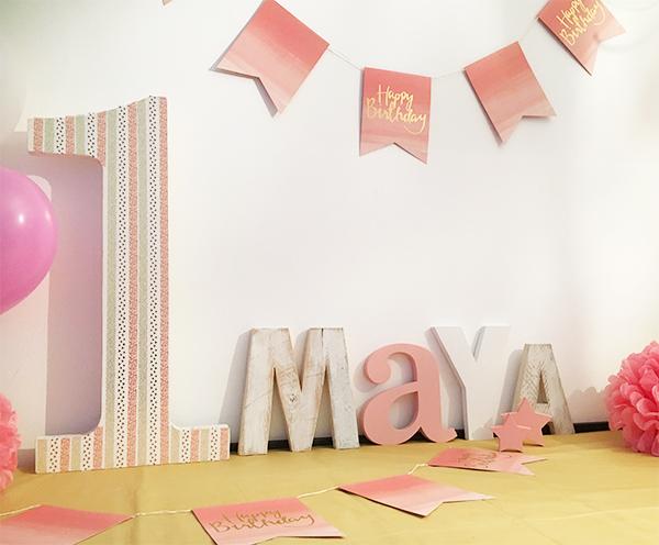 Decorazioni personalizzate per l'allestimento della festa di compleanno