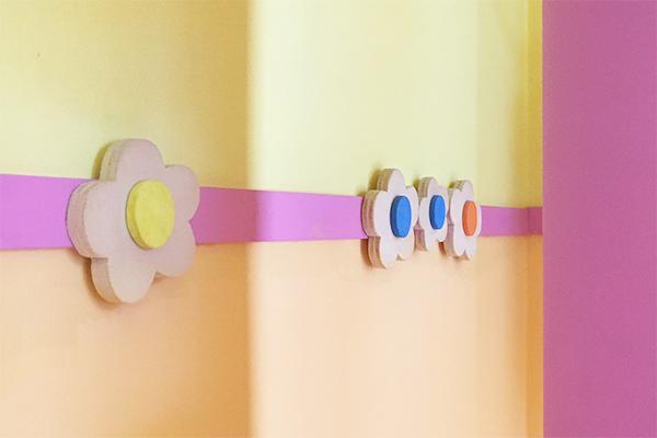 Progetto e realizzazione di una fascia decorativa in un asilo nido