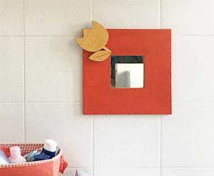 Specchio con decorazione in legno per asili nido