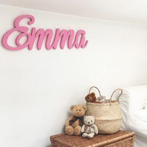 Nome in legno di bambina per una cameretta personalizzata